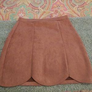 Mauve suede short skirt